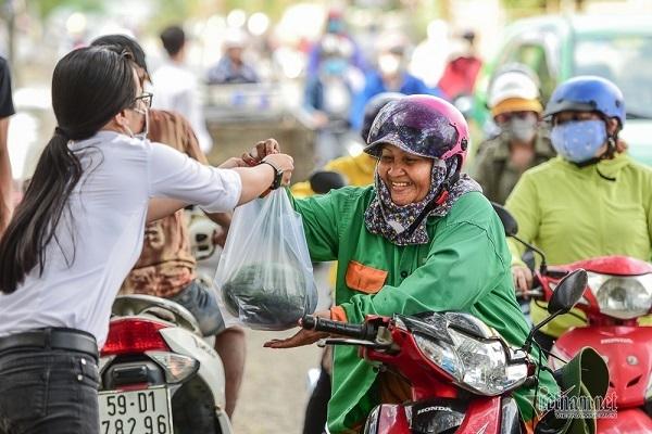 Tôi đã hiểu tại sao tỷ lệ người muốn di cư đến TP. HCM cao gấp đôi đến Hà Nội