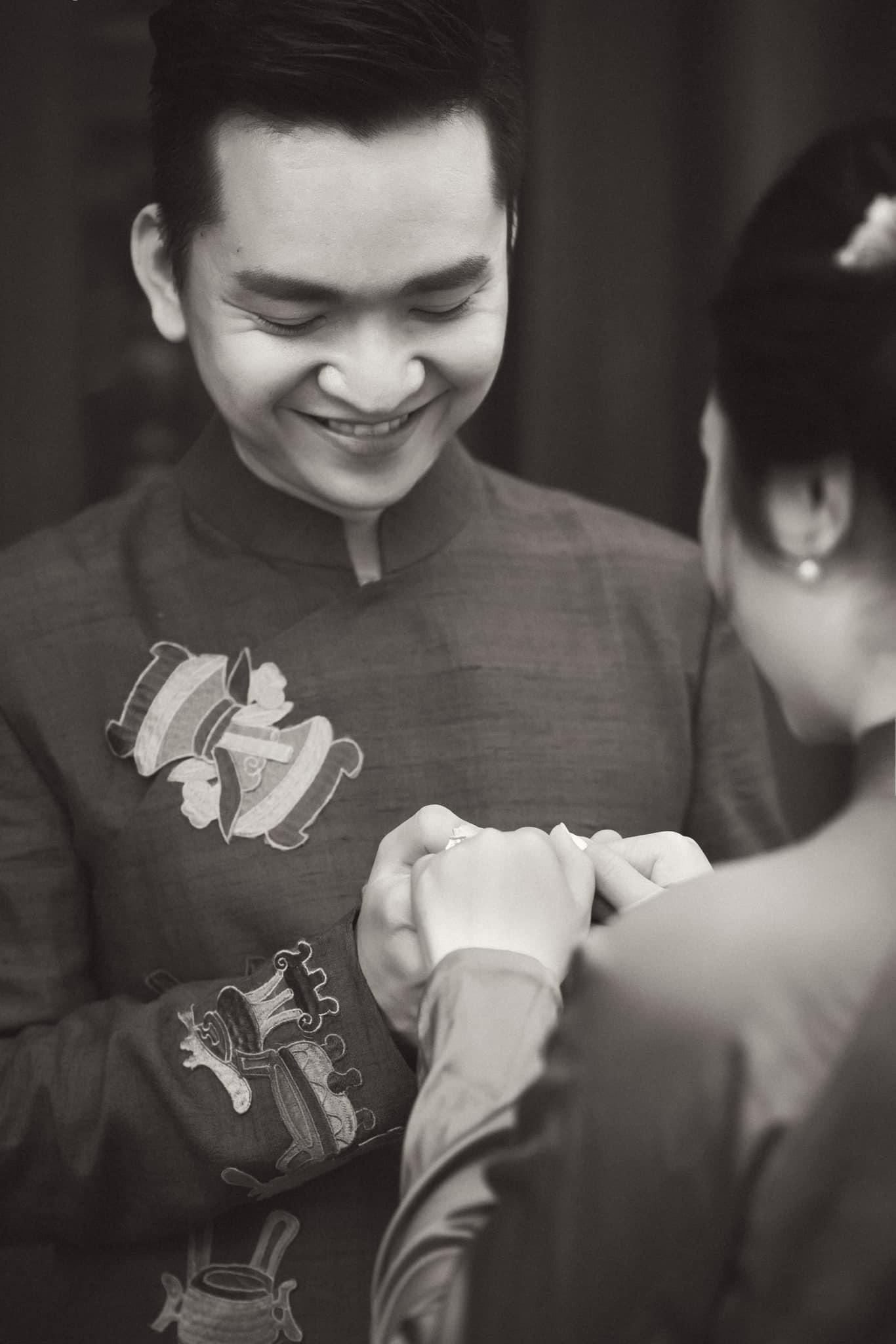 mc hanh phuc 9 MC Hạnh Phúc lần đầu đăng ảnh cưới sau hơn 1 năm kết hôn