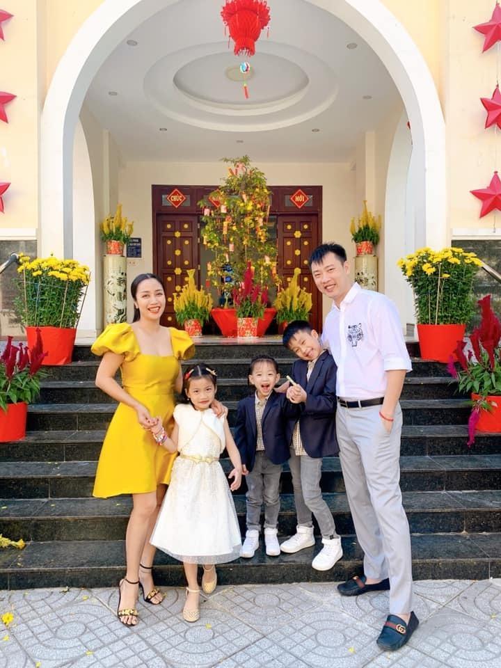 Ốc Thanh Vân: Tôi kiếm tiền nhưng chồng quản lý tài chính!