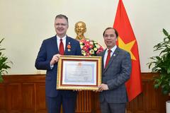 Đại sứ Mỹ: 'Tình cảm dành cho Việt Nam sẽ không bao giờ phai'
