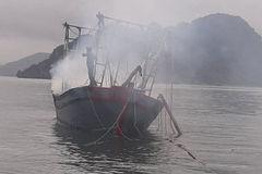 Cháy tàu cá, ba anh em ruột bỏng nặng nguy kịch