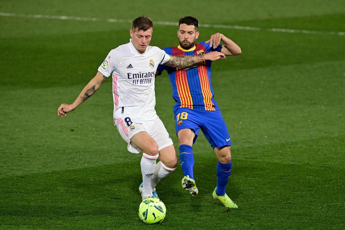 Toni Kroos: Bộ óc thiên tài và bóng đá nghệ thuật