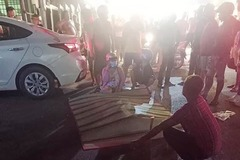 Nghi vấn giết bạn gái rồi lao xe vào ô tô tự sát ở TP.HCM