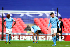 """Man City thua Chelsea: Pep vỡ mộng cú """"poker"""""""