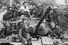 """Đập tan """"cánh cửa thép"""" Xuân Lộc, mở đường tiến vào Sài Gòn 46 năm trước"""