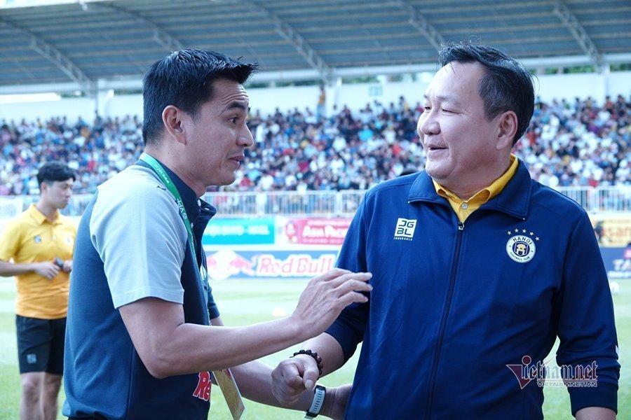 Báo Thái: 'Với Kiatisuk, HAGL sẵn sàng đua vô địch'