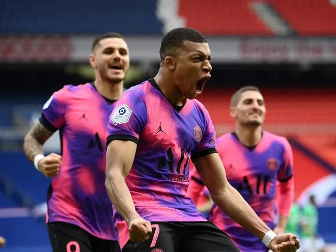 Mbappe thăng hoa, PSG thắng siêu kịch tính