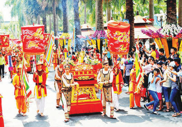 Cultural activities celebrate Hung Kings