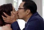 Nguyệt Hằng ái ngại với cảnh 'hôn' NSND Trọng Trinh trên phim
