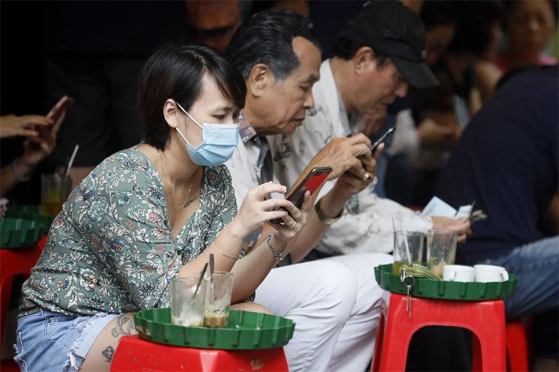 Báo nước ngoài viết về tín dụng đen nền tảng số ở Việt Nam