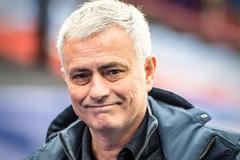 Jose Mourinho bị Tottenham sa thải