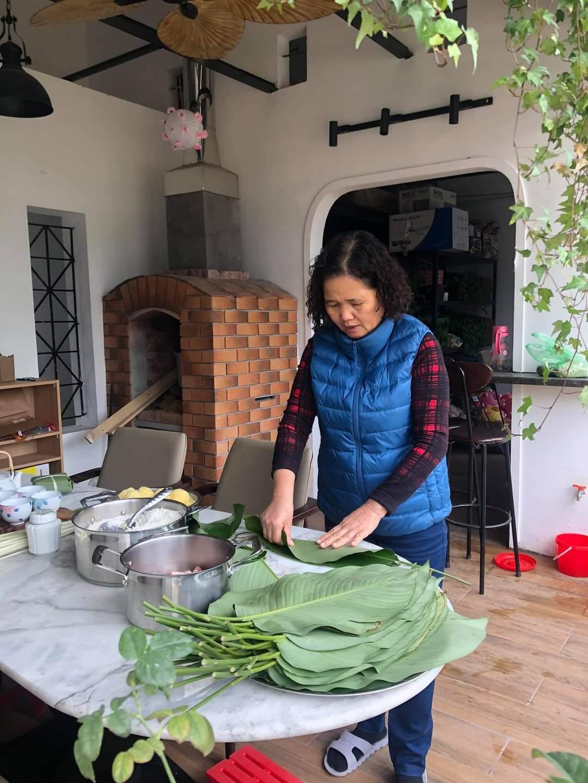 Tranh cãi xây bếp củi trong nhà 5 tầng giữa quận Hoàn Kiếm