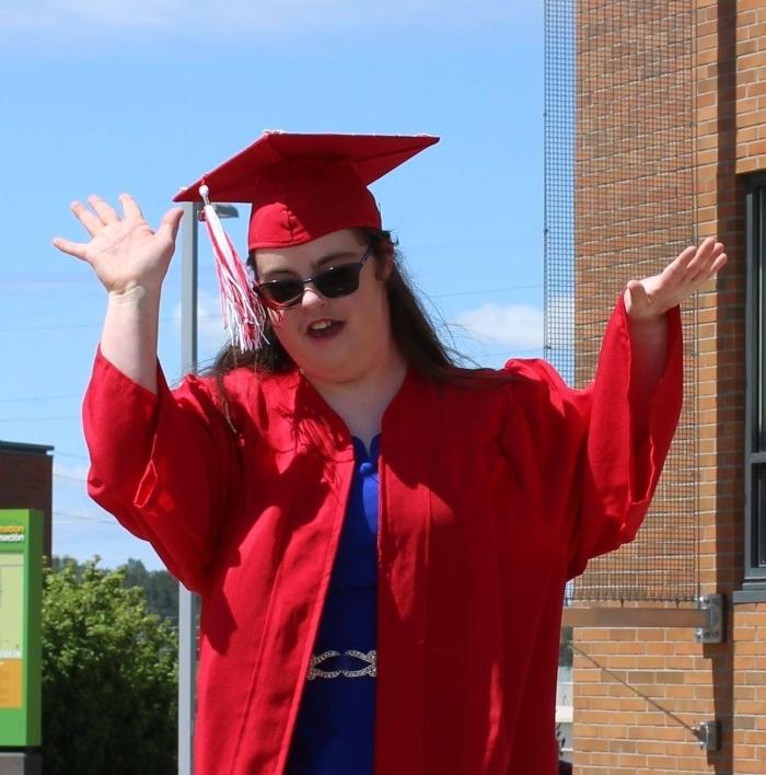 Cô gái mắc hội chứng Down tốt nghiệp đại học, giành nhiều giải thưởng