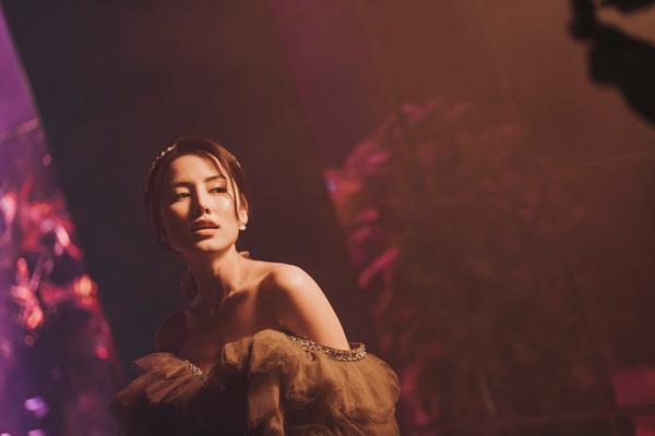 Nữ ca sĩ được chú ý ở Rap Việt ra mắt MV ở tuổi 26