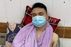 Khắc Việt gãy tay do chơi thể thao, phải hủy loạt show