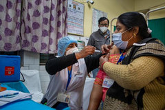 Covid-19 gây chết chóc nghiêm trọng ở Ấn Độ và Brazil