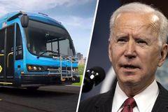Ông Biden muốn Mỹ vượt xa Trung Quốc về sản xuất xe buýt điện
