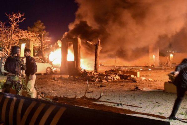 Khách sạn đại sứ Trung Quốc nghỉ ở Pakistan bị đánh bom