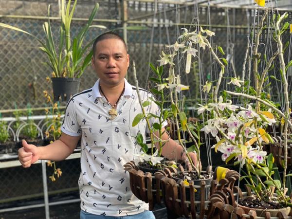 Người đàn ông gắn bó với mảnh đất Tây Nguyên chỉ vì đam mê hoa lan