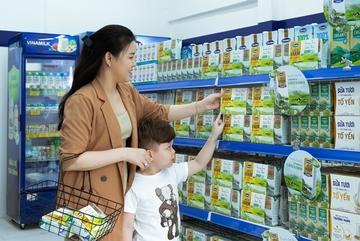 Vinamilk 3 năm liền giữ ngôi 'đầu bảng' ngành hàng sữa nước