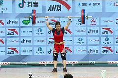 Weightlifter Duyen wins Vietnam's first international medal of year