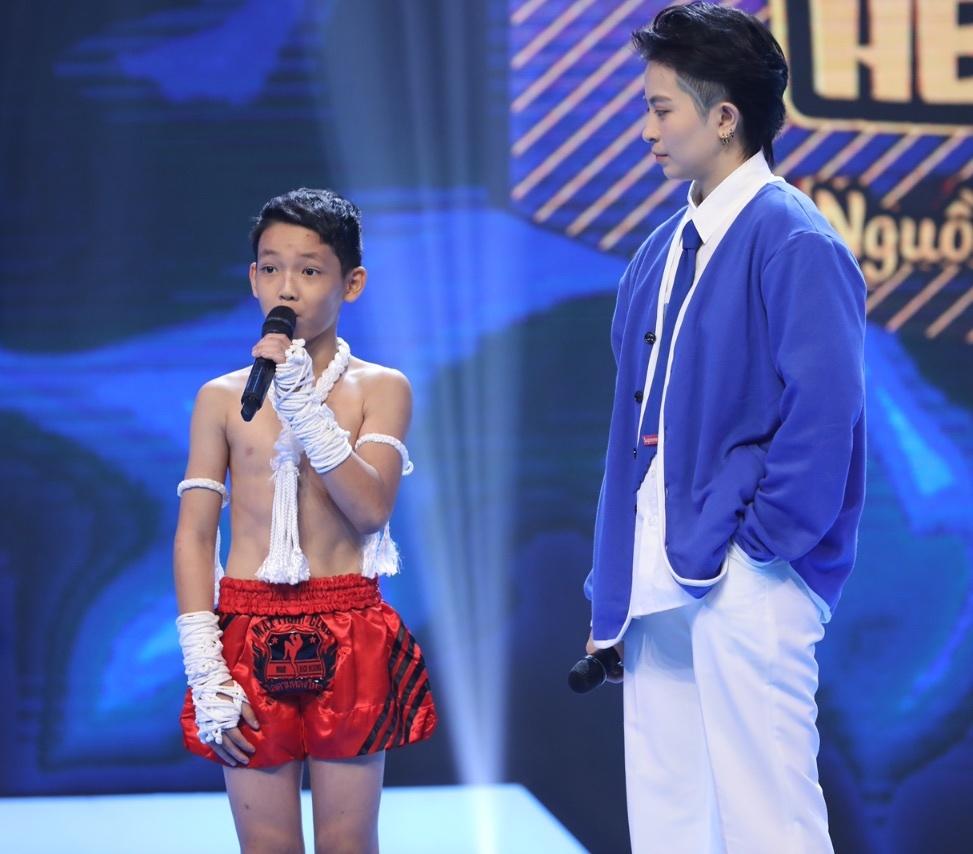 Hari Won đánh Trấn Thành trên sóng truyền hình