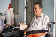 Nghệ sĩ Trung Vinh: Tuổi 76 liệt chân, làm bạn với tắc kè
