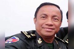 Đưa lậu người Trung Quốc đi liên tỉnh, tướng Campuchia bị tước quân tịch