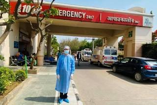 """Đại sứ Việt Nam tại Ấn Độ: """"Chưa bao giờ cảm thấy lằn ranh sống chết lại mỏng manh đến thế"""""""