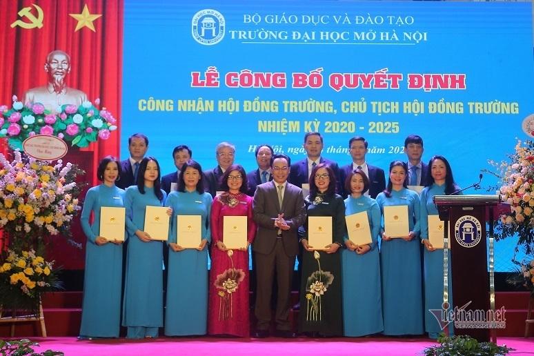 PGS.TS Nguyễn Thị Nhung làm hiệu trưởng Trường ĐH Mở Hà Nội