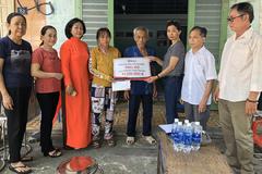 Gia đình 5 người bệnh tật được bạn đọc VietNamNet hỗ trợ hơn 35 triệu đồng