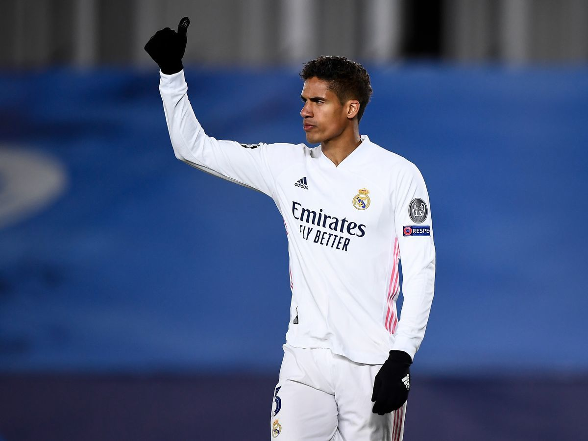 MU lấy Santos Borre, Chelsea tăng tốc ký Varane