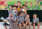 Cô giáo trẻ làm đơn xin ra huyện đảo dạy học