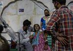 Ấn Độ chìm trong 'bão' Covid-19, số ca nặng ở Pháp tăng vọt
