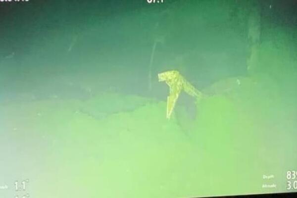 Hình ảnh tàu ngầm Indonesia vỡ vụn dưới đáy biển