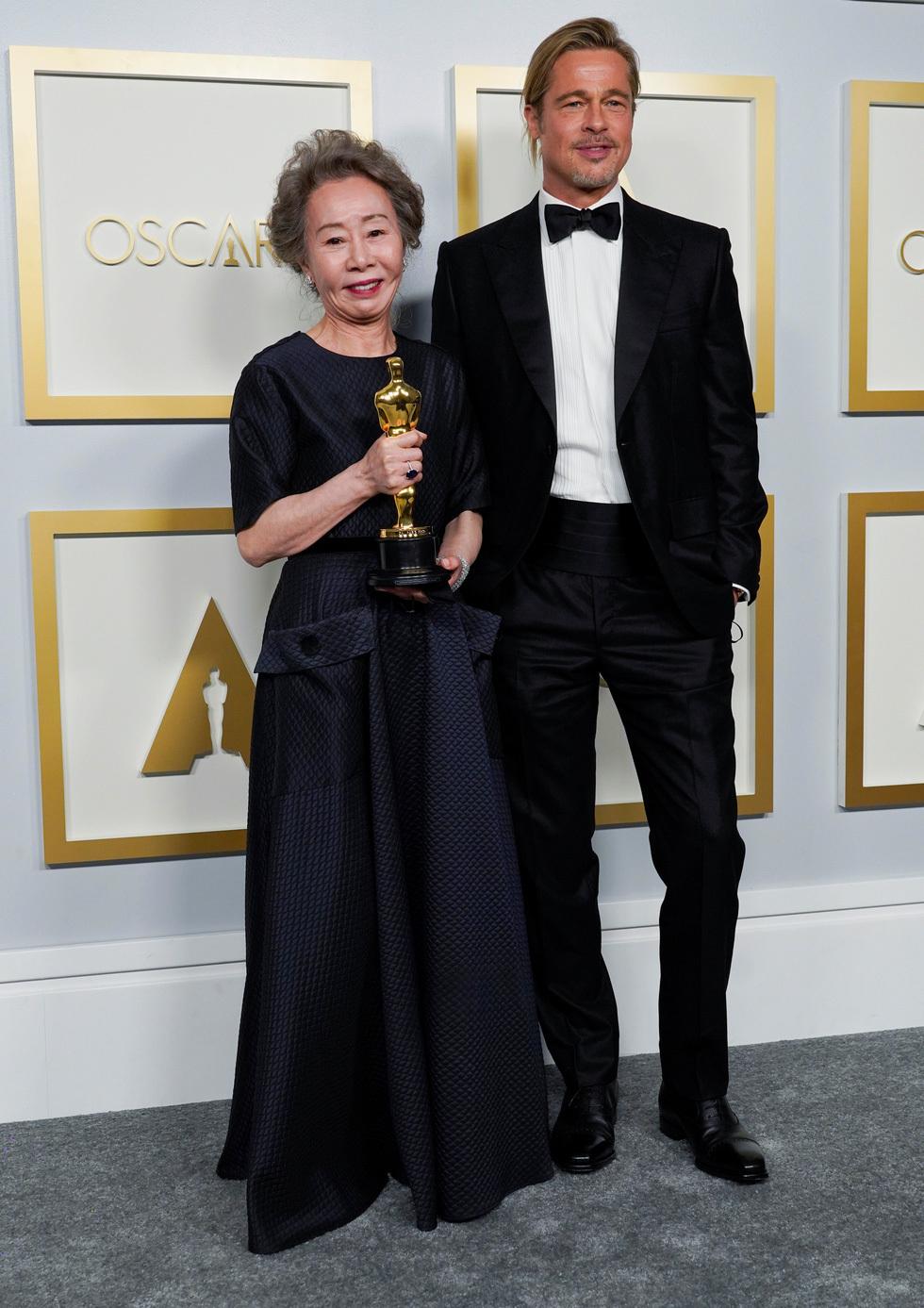 Diễn viên Hàn Quốc 73 tuổi thắng giải Oscar 2021