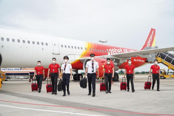 Bảo hiểm 'Bay an toàn': Yên tâm bay VietJet mùa Covid