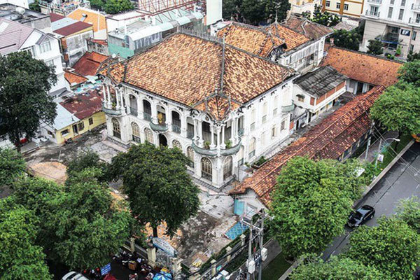 HCM City seeks to balance economics, conservation for old villas