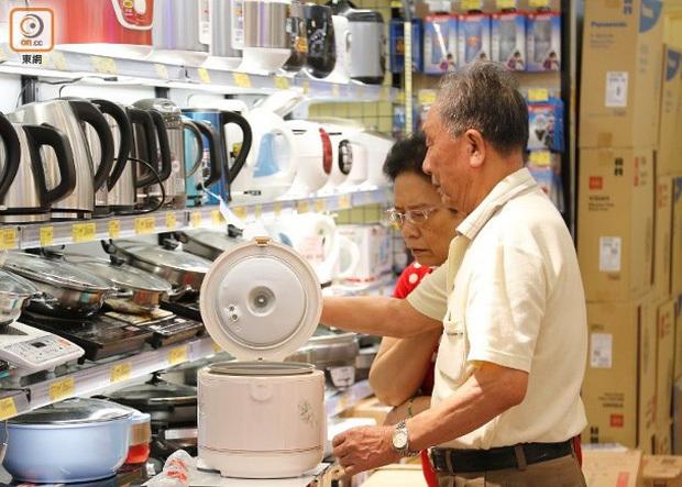 Vo gạo bằng lòng nồi cơm điện gây xước, hỏng lớp phủ, gây hại sức khỏe? Đây là câu trả lời của nhà sản xuất
