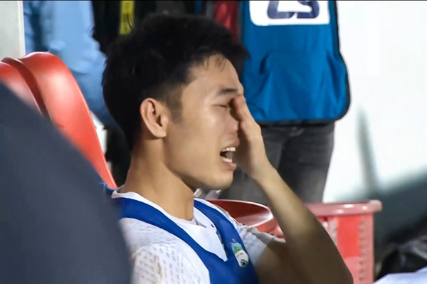 Rejuvenated midfielder Truong leading HAGL forward