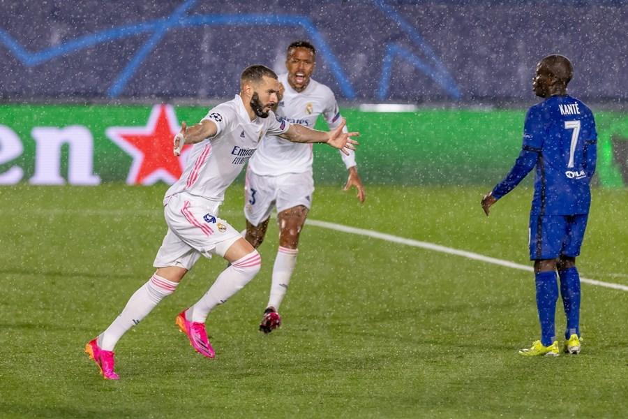 Benzema ghi siêu phẩm, Real Madrid thoát thua Chelsea