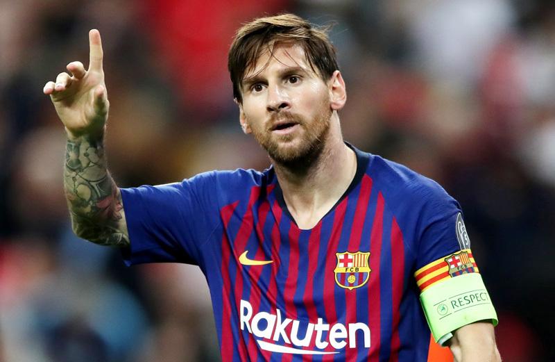 PSG mời Messi bản hợp đồng 'siêu khủng'