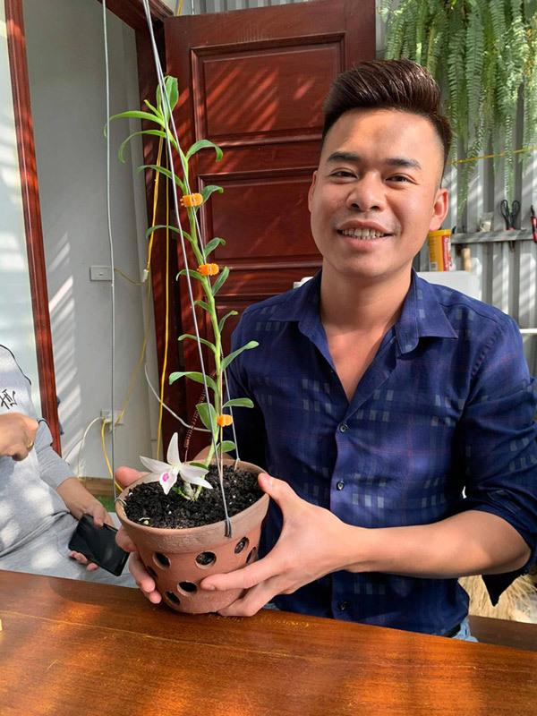 Bí quyết chinh phục hoa lan của ông chủ 8x