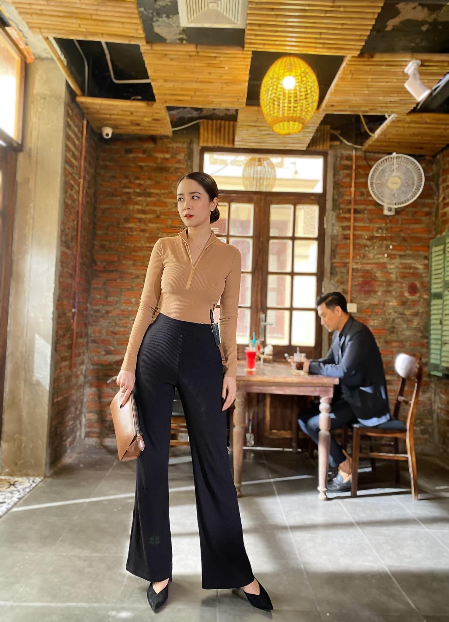 Nhan sắc vợ của Việt Anh trong 'Hướng dương ngược nắng'