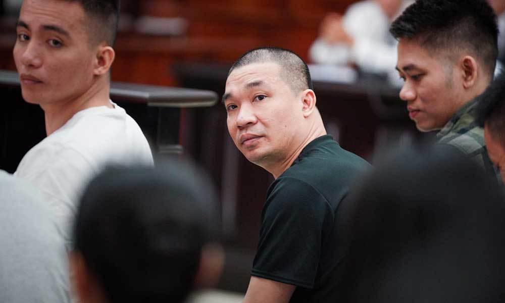 Bị tuyên tử hình, ông trùm Văn Kính Dương tươi cười hầu tòa