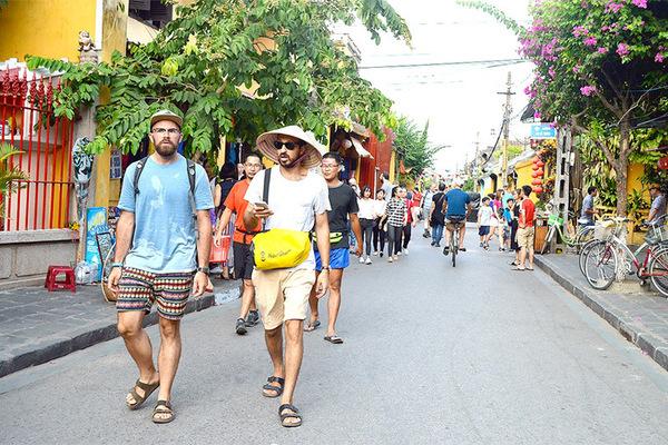 Đón khách du lịch quốc tế chỉ nên làm ở những hòn đảo