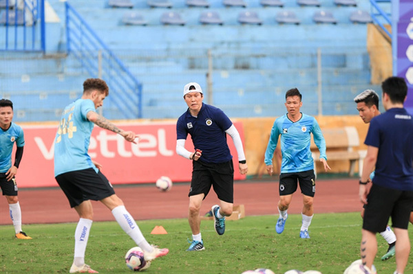 New Hanoi FC coach impressed by HAGL