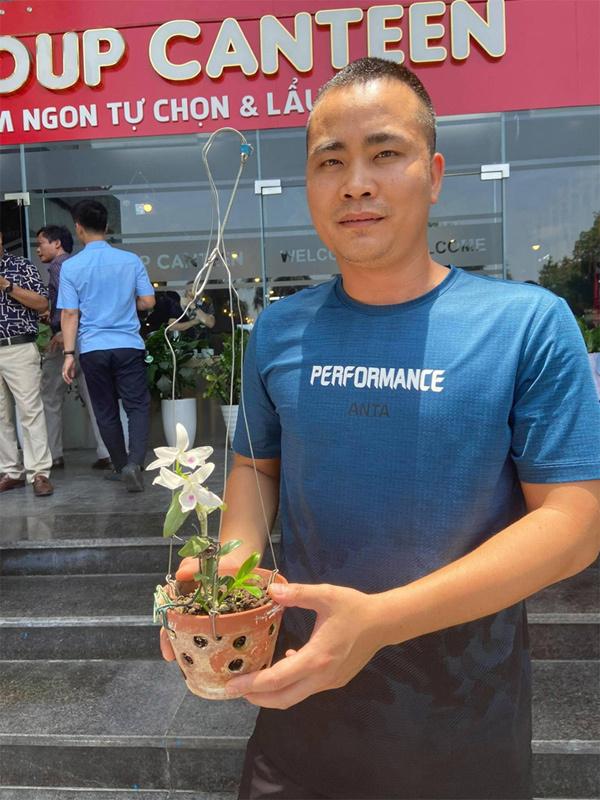 Chàng kỹ sư điện tử 'bén duyên' với nghề trồng lan