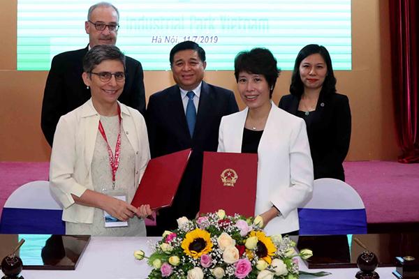 Bộ Kế hoạch và Đầu tư có thêm Thứ trưởng nữ