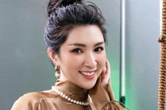 Nguyễn Hồng Nhung: 'Tôi hài lòng với cuộc sống hiện tại'